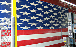 An American Flag painted on the wall at Best Transmission in Jacksonville, FL